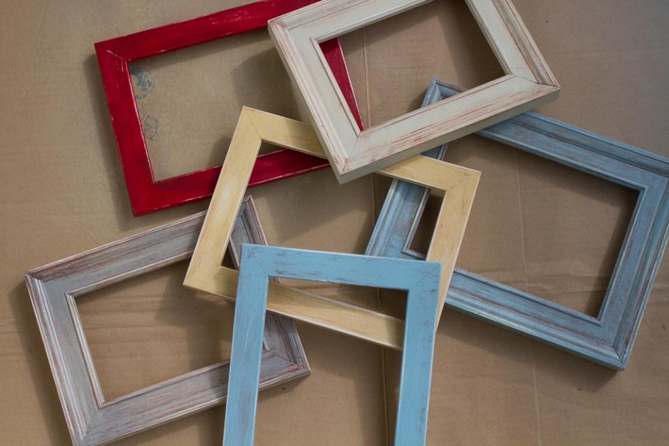 DIY: Vintage Frames