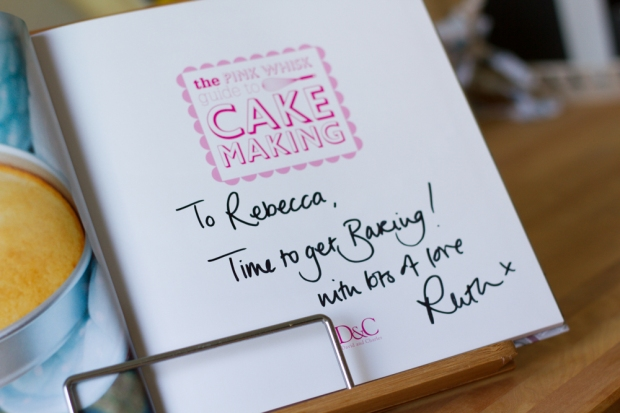 The Pink Whisk: Cake Making
