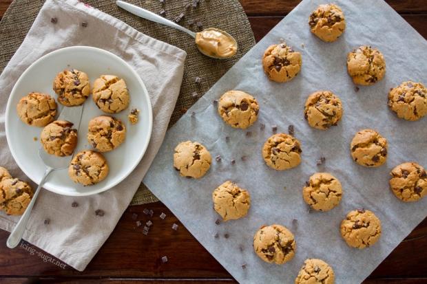 Gluten-free Peanut Butter Cookies // icing-sugar.net