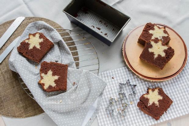 Snowflake Cake {by Icing-Sugar.net}
